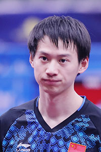 周雨 Zhou Yu