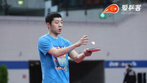 他是乒乓球赛场的梅西,灵动而迅捷,打球充满创意,尤其善于纠缠!