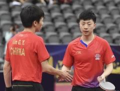 马龙/林高远遭韩国组合横扫 澳乒赛获男双亚军