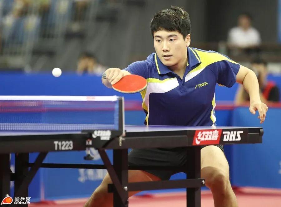 全锦赛八一南昌获男团冠军 梁靖崑独得两分