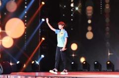 奥运冠军郭跃作客《星光大道》 忆赛场时光展歌喉