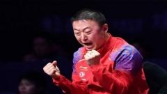 小魔王挑战教练马琳0-5输了,遭吐槽:别丢人了!